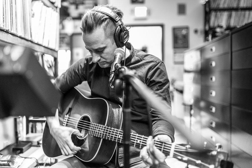 The Gufs 'Thirty' - Rehearsal & in Studio