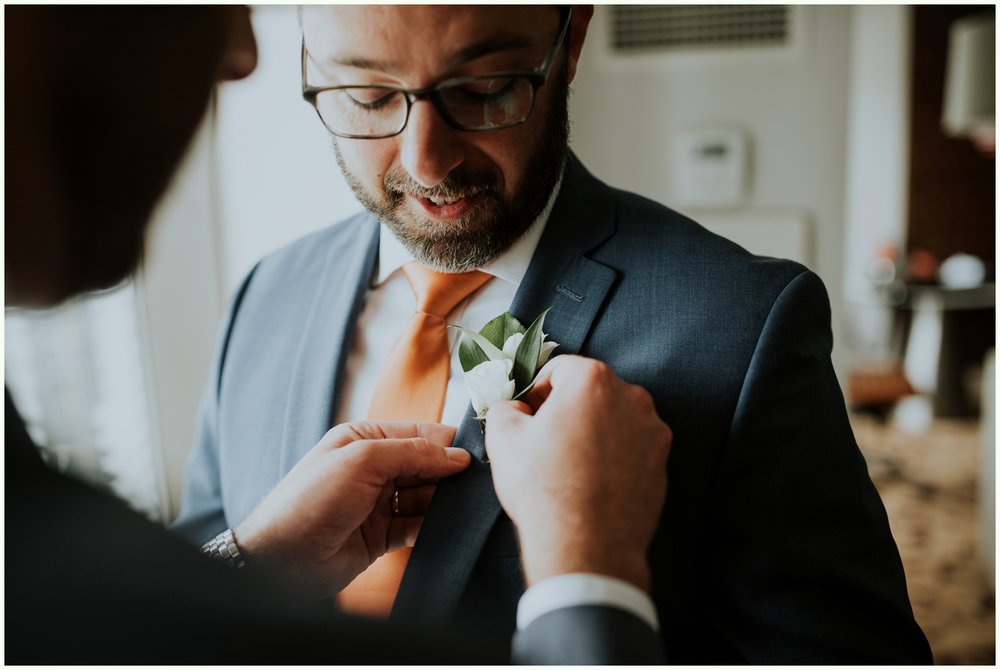 within-sodo-june-wedding-seattle-photographer-caitlyn-nikula-14.jpg