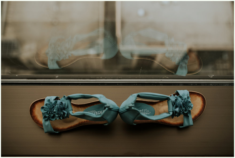 within-sodo-june-wedding-seattle-photographer-caitlyn-nikula-19.jpg