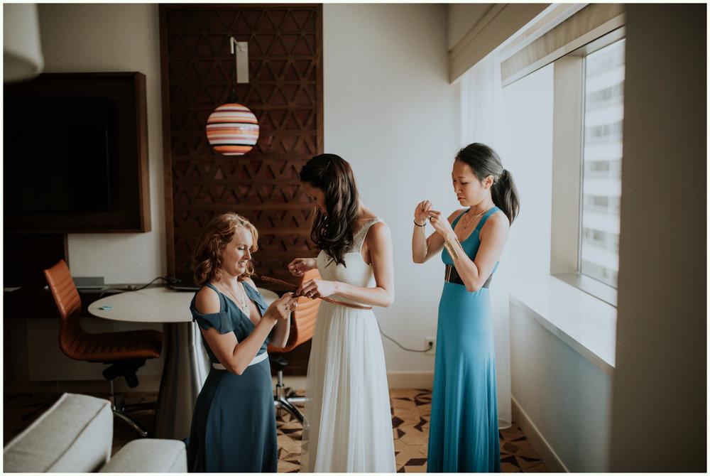 within-sodo-june-wedding-seattle-photographer-caitlyn-nikula-25.jpg