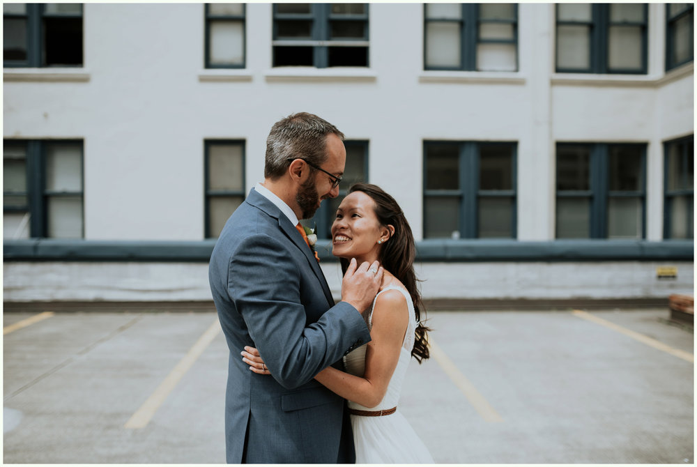 within-sodo-june-wedding-seattle-photographer-caitlyn-nikula-36.jpg