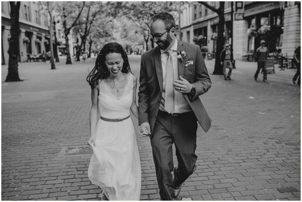within-sodo-june-wedding-seattle-photographer-caitlyn-nikula-41.jpg