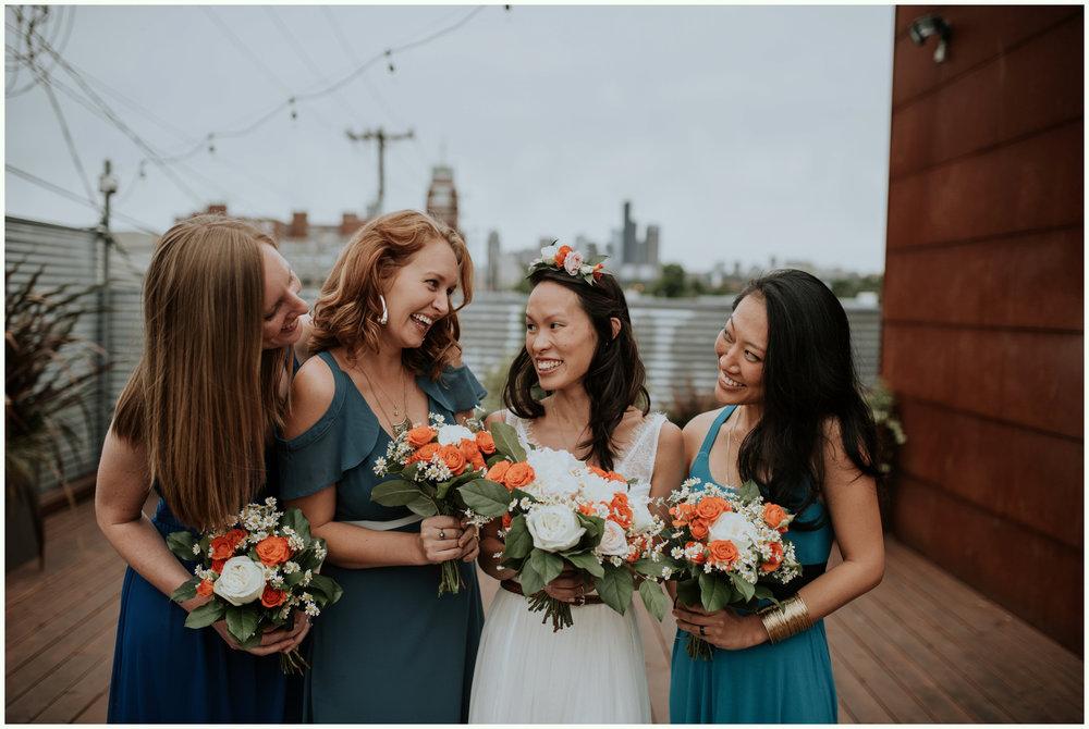 within-sodo-june-wedding-seattle-photographer-caitlyn-nikula-45.jpg