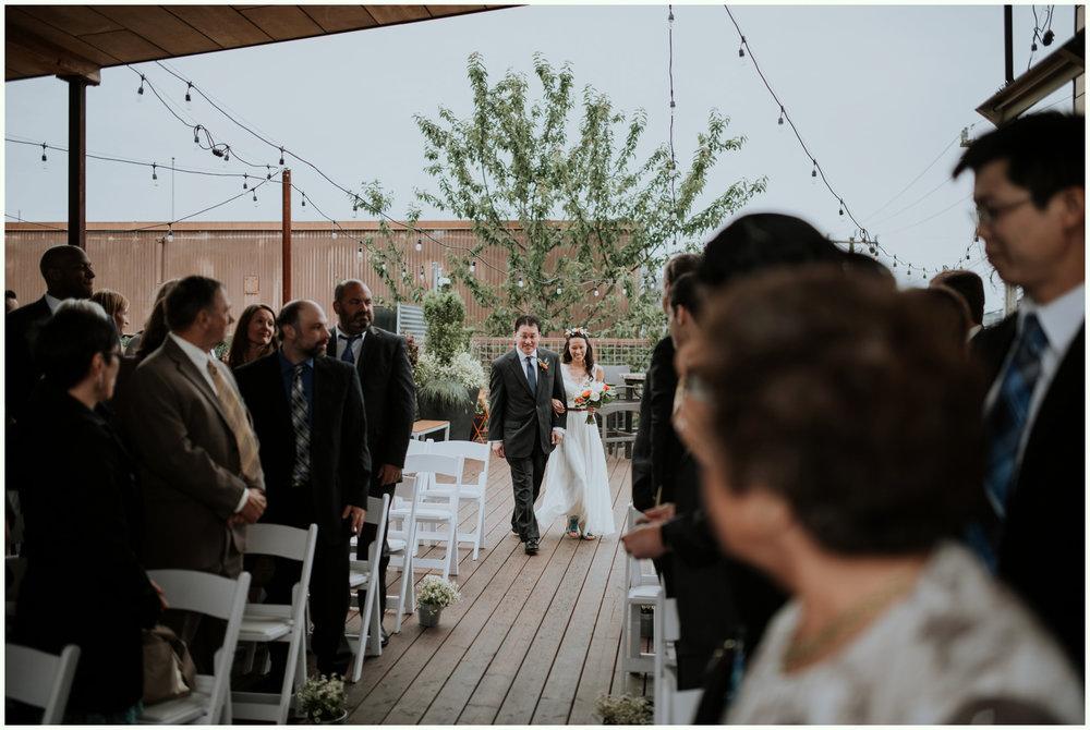 within-sodo-june-wedding-seattle-photographer-caitlyn-nikula-58.jpg