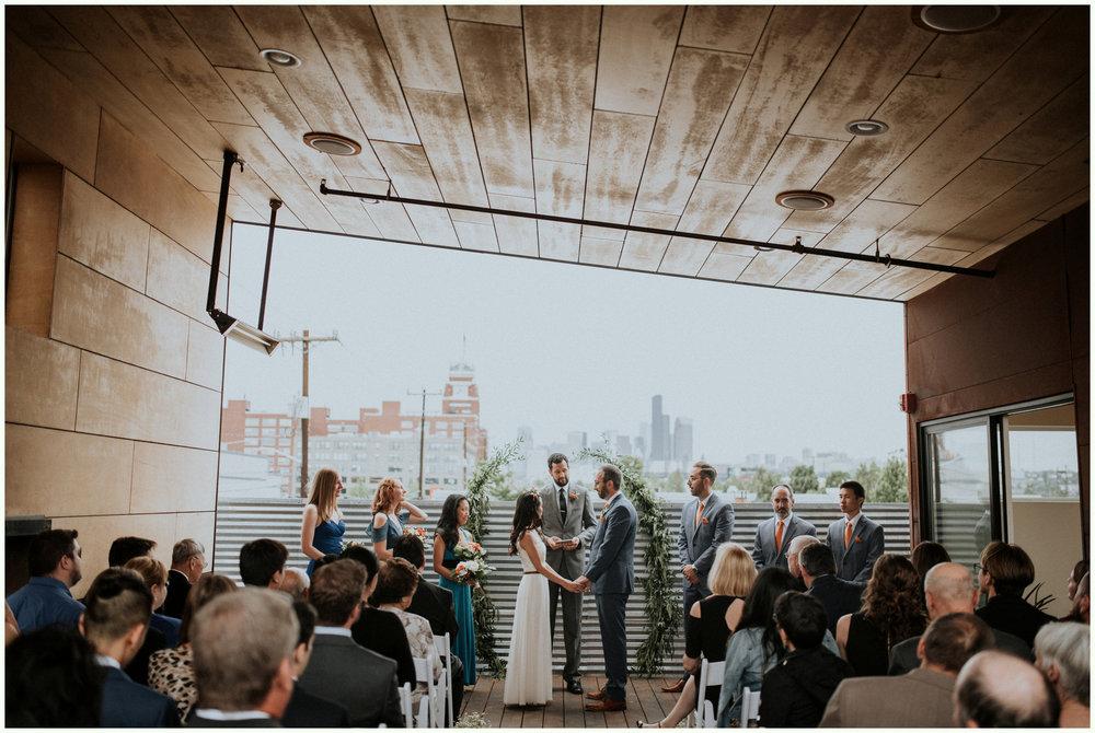 within-sodo-june-wedding-seattle-photographer-caitlyn-nikula-62.jpg