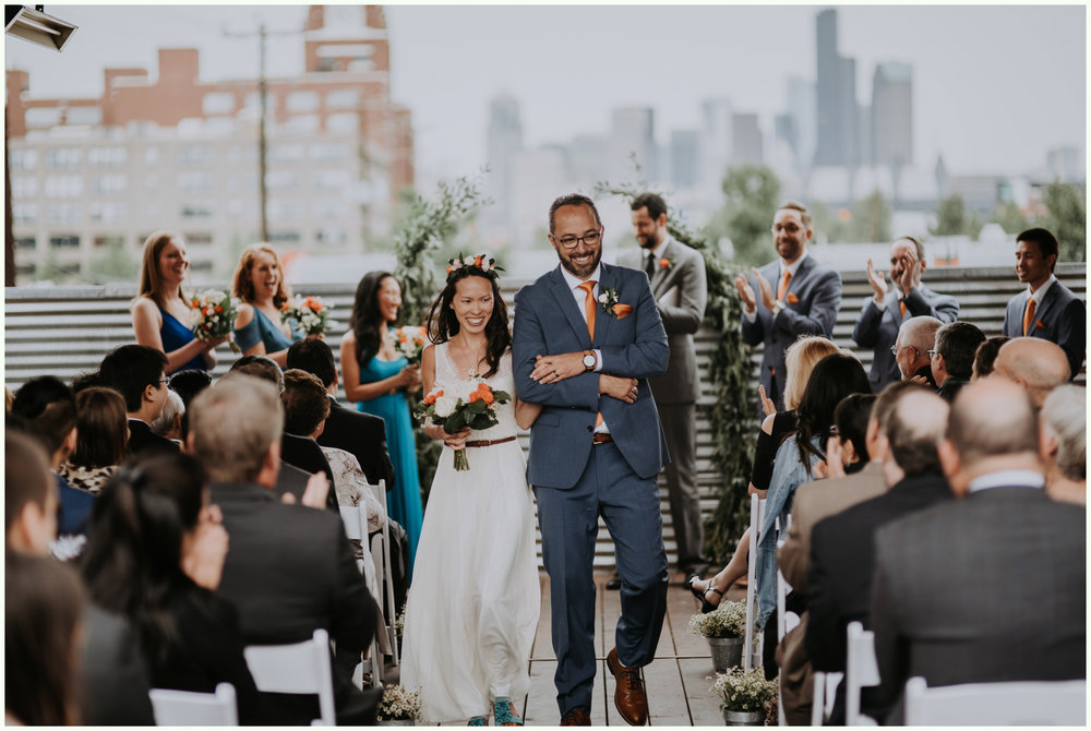 within-sodo-june-wedding-seattle-photographer-caitlyn-nikula-65.jpg