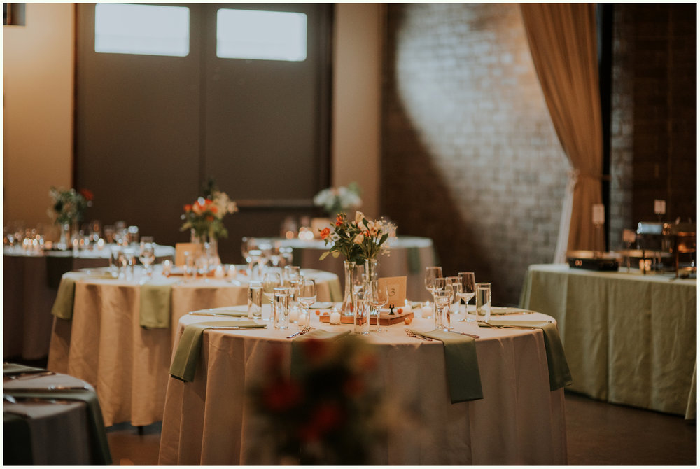 within-sodo-june-wedding-seattle-photographer-caitlyn-nikula-67.jpg