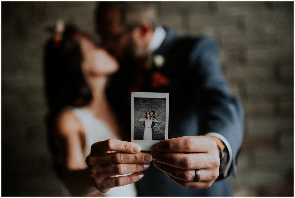 within-sodo-june-wedding-seattle-photographer-caitlyn-nikula-71.jpg