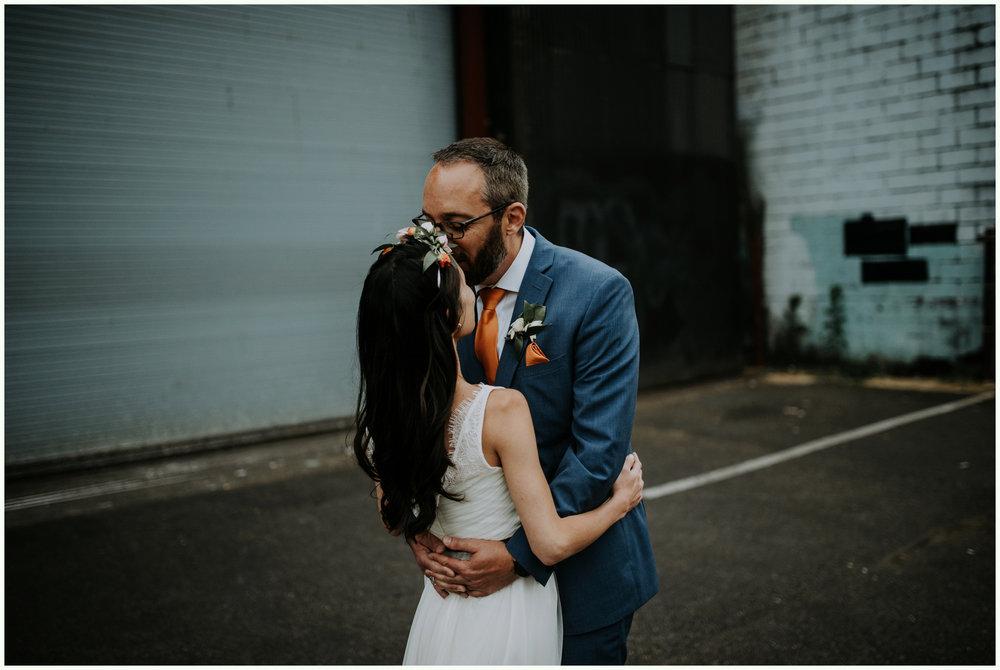 within-sodo-june-wedding-seattle-photographer-caitlyn-nikula-88.jpg