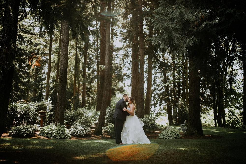 evergreen-gardens-bellingham-wedding-seattle-photographer-caitlyn-nikula-37.jpg