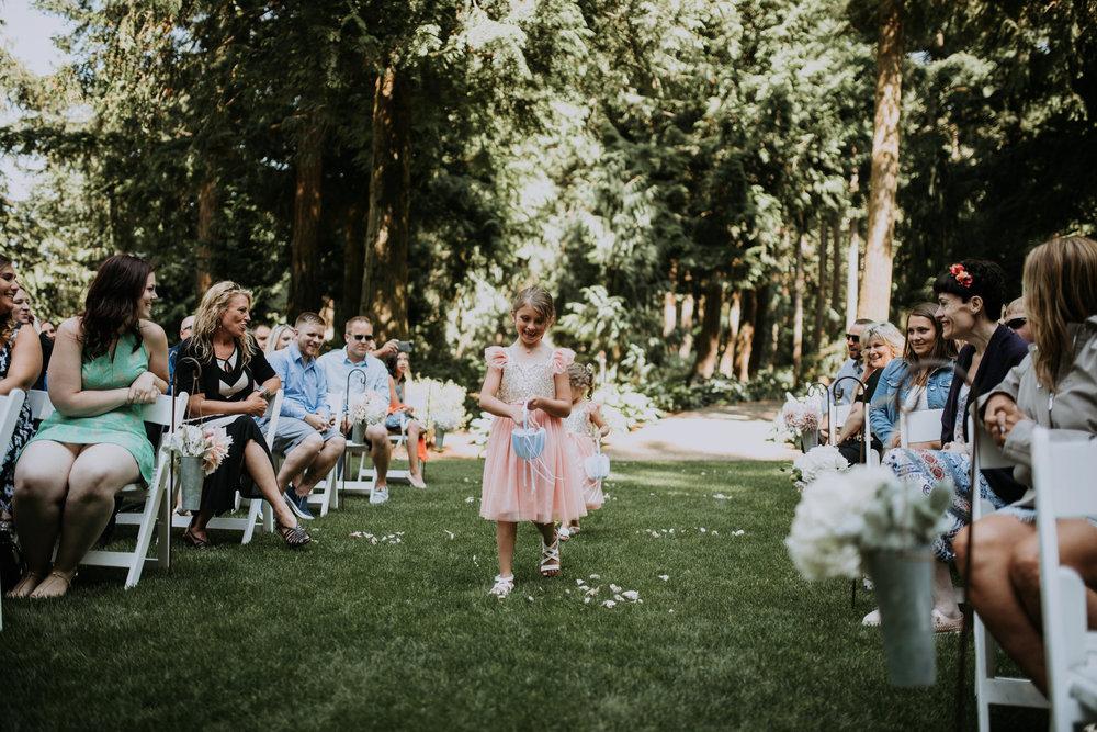 evergreen-gardens-bellingham-wedding-seattle-photographer-caitlyn-nikula-68.jpg