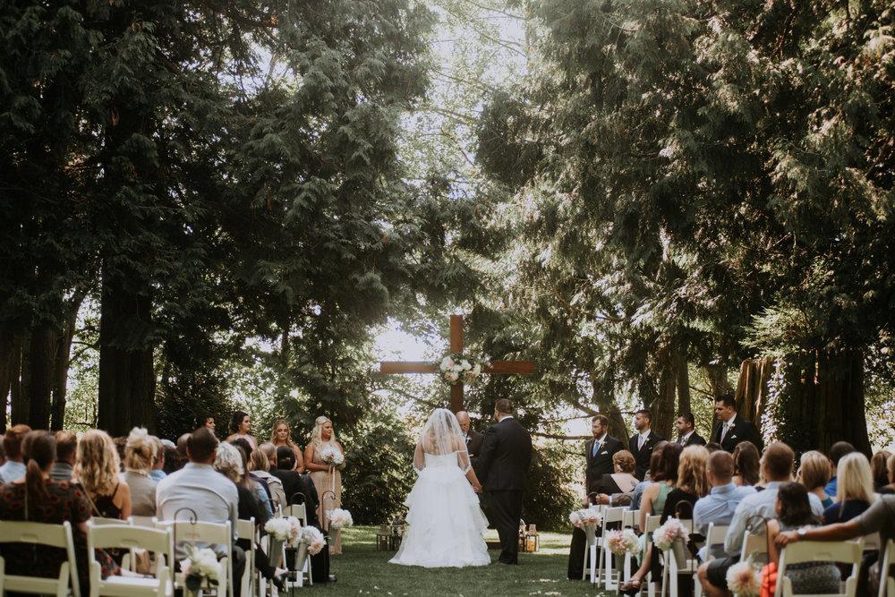 evergreen-gardens-bellingham-wedding-seattle-photographer-caitlyn-nikula-74.jpg