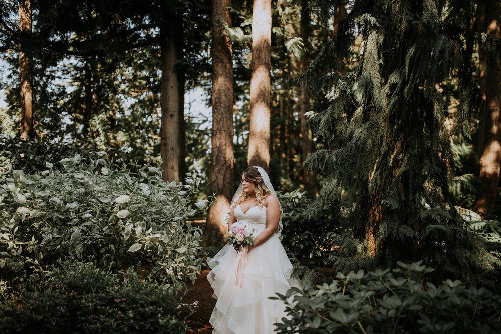 evergreen-gardens-bellingham-wedding-seattle-photographer-caitlyn-nikula-81.jpg