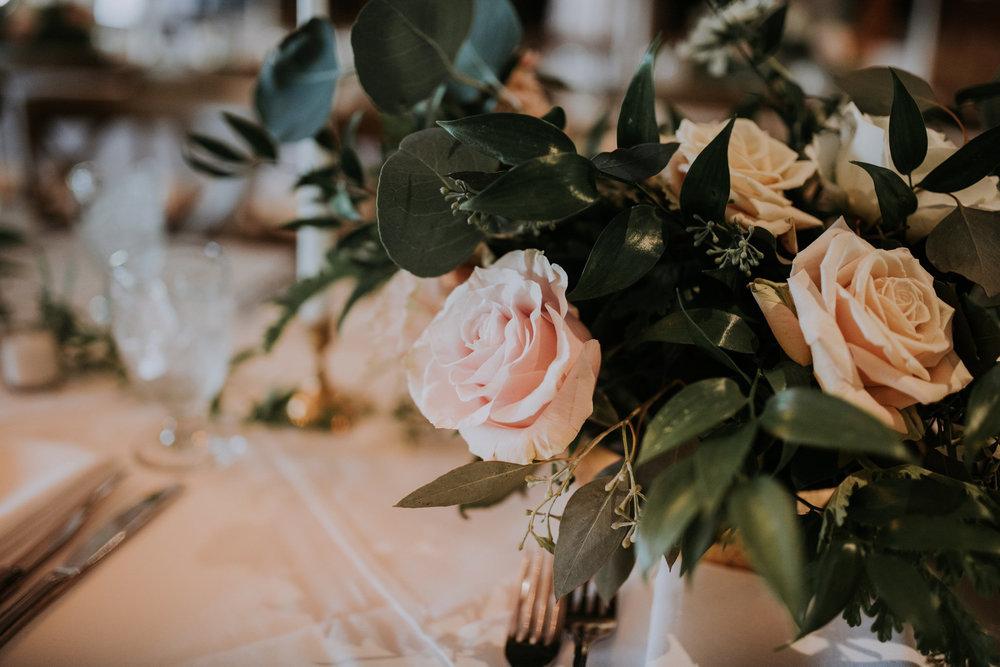 roche-harbor-resort-sand-juan-island-wedding-seattle-wedding-photograher-caitlyn-nikula-98.jpg