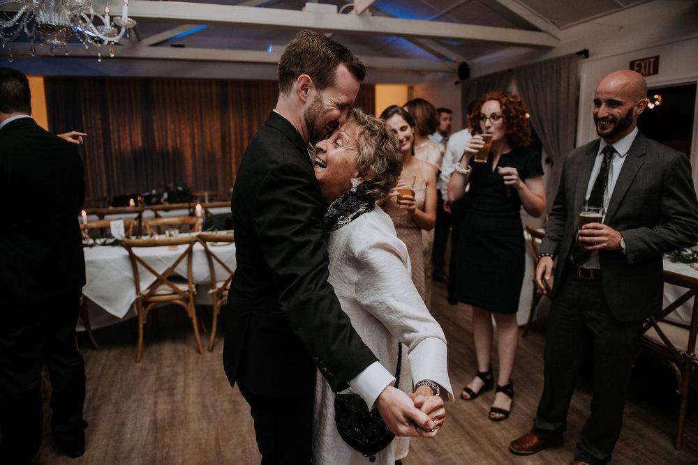 roche-harbor-resort-sand-juan-island-wedding-seattle-wedding-photograher-caitlyn-nikula-164.jpg