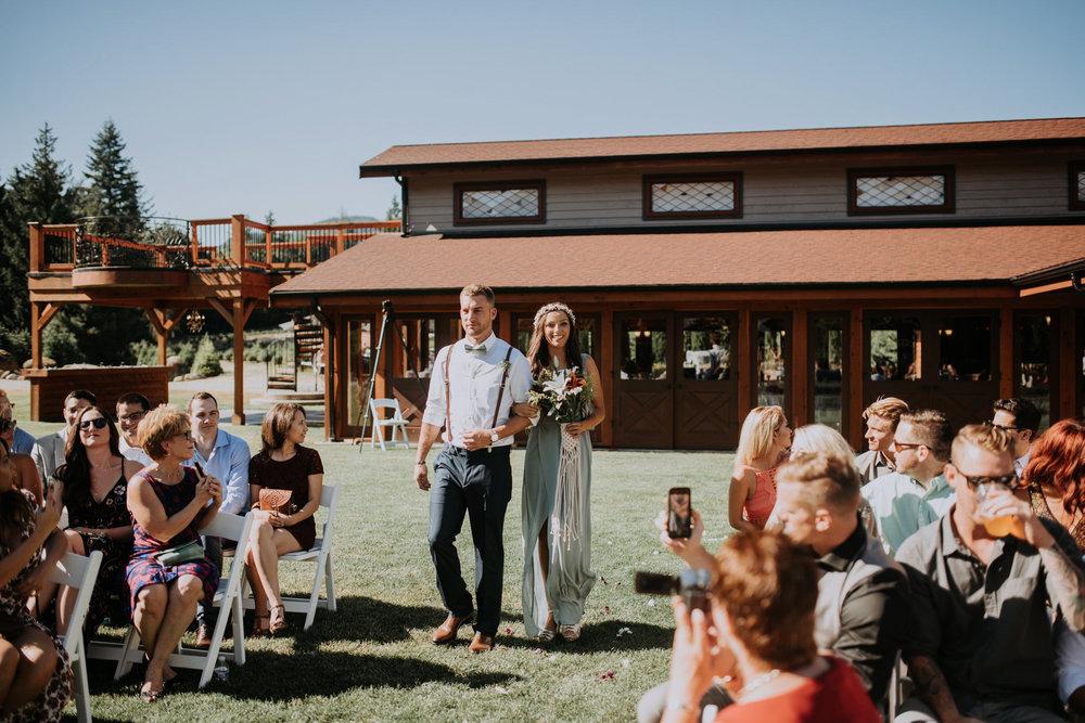 trinity-tree-farm-issaquah-washington-wedding-seattle-lifestyle-photographer-caitlyn-nikula-photography-64.jpg