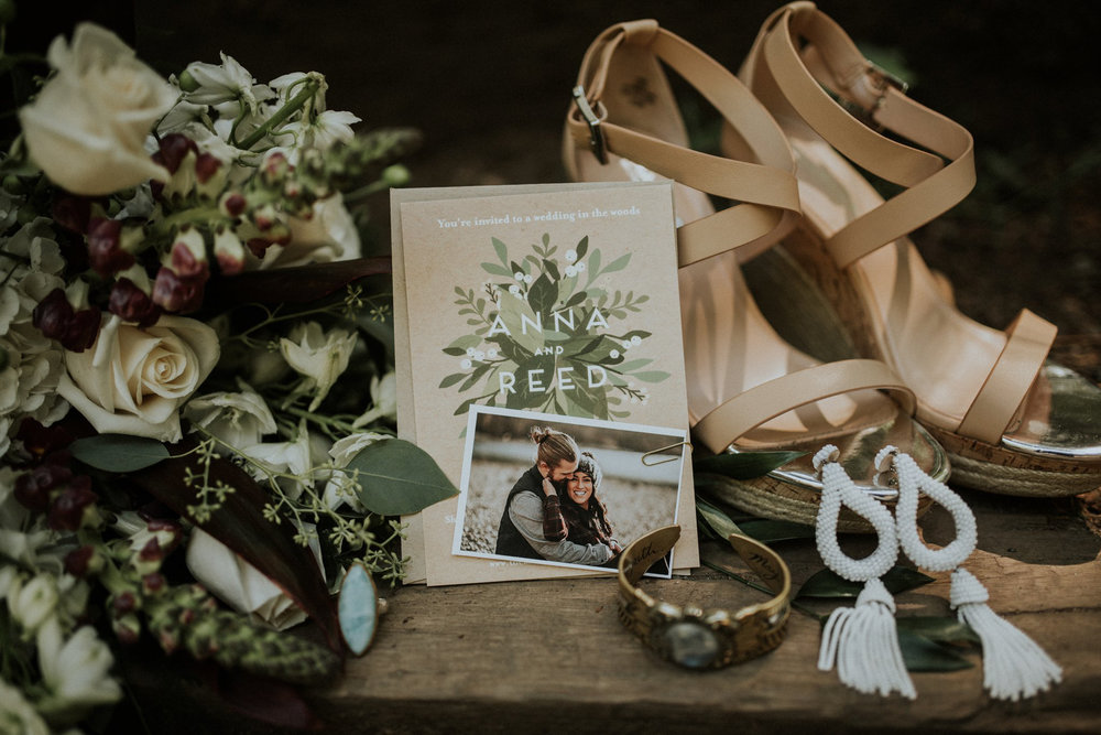 intimate-boho-campfire-wedding-shangri-la-on-the-green-seattle-wedding-photographer-caitlyn-nikula-photography-2.jpg