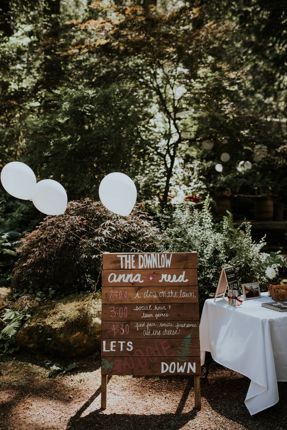 intimate-boho-campfire-wedding-shangri-la-on-the-green-seattle-wedding-photographer-caitlyn-nikula-photography-14.jpg