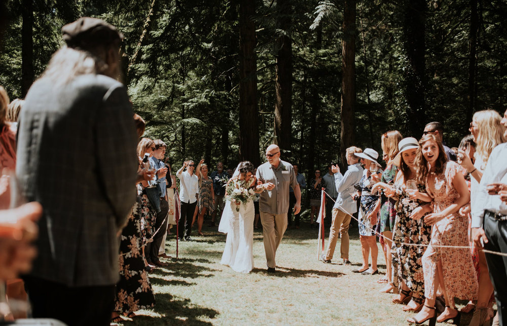 intimate-boho-campfire-wedding-shangri-la-on-the-green-seattle-wedding-photographer-caitlyn-nikula-photography-39.jpg