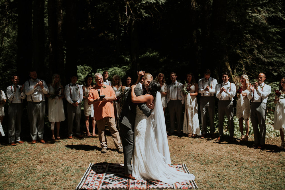intimate-boho-campfire-wedding-shangri-la-on-the-green-seattle-wedding-photographer-caitlyn-nikula-photography-50.jpg