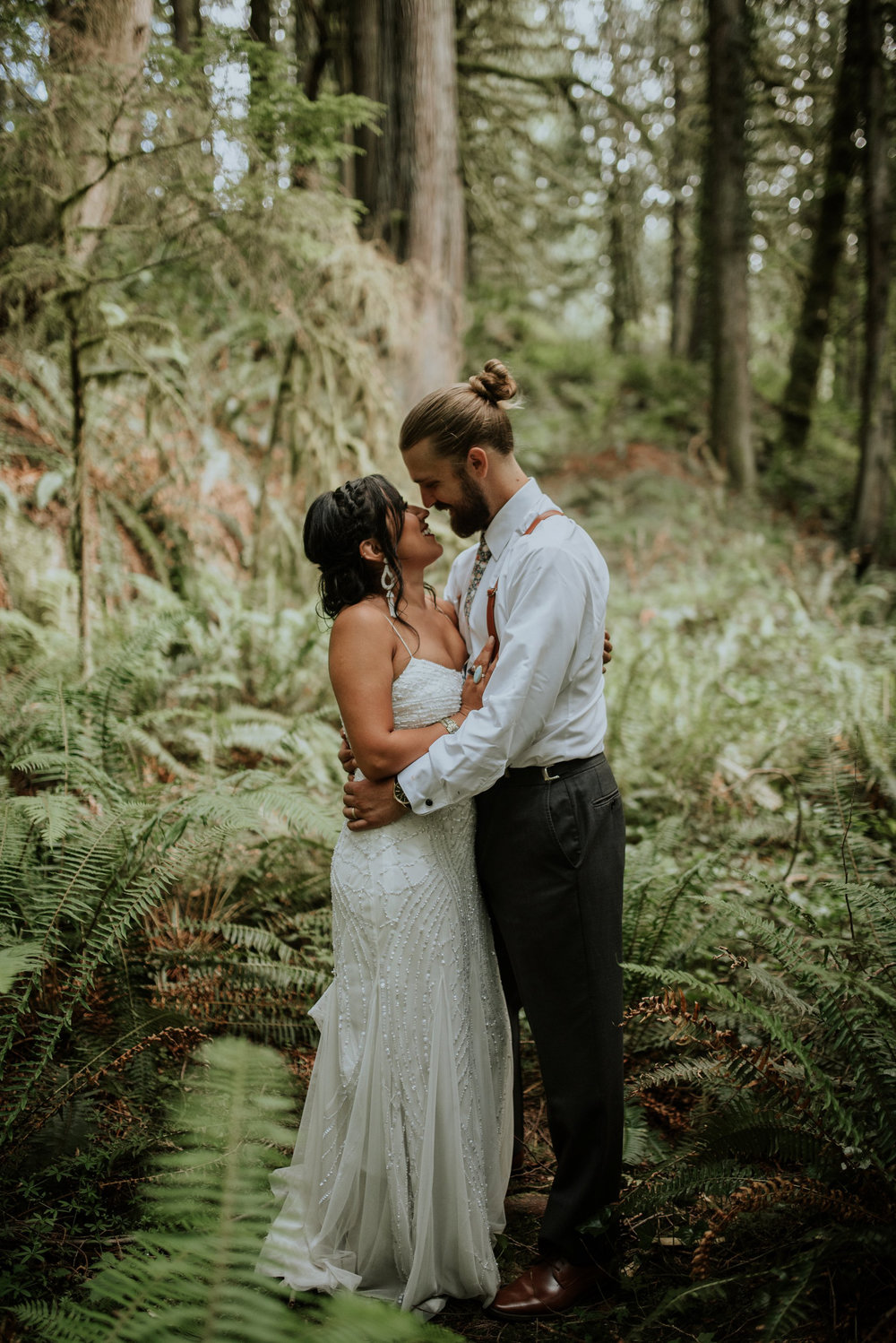 intimate-boho-campfire-wedding-shangri-la-on-the-green-seattle-wedding-photographer-caitlyn-nikula-photography-73.jpg