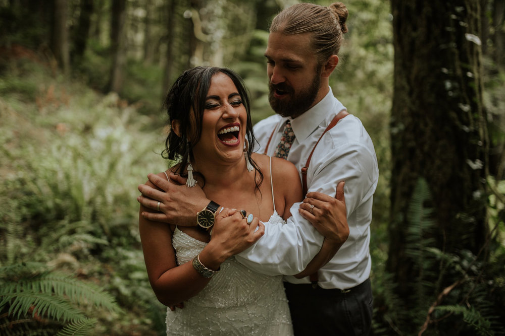 intimate-boho-campfire-wedding-shangri-la-on-the-green-seattle-wedding-photographer-caitlyn-nikula-photography-76.jpg