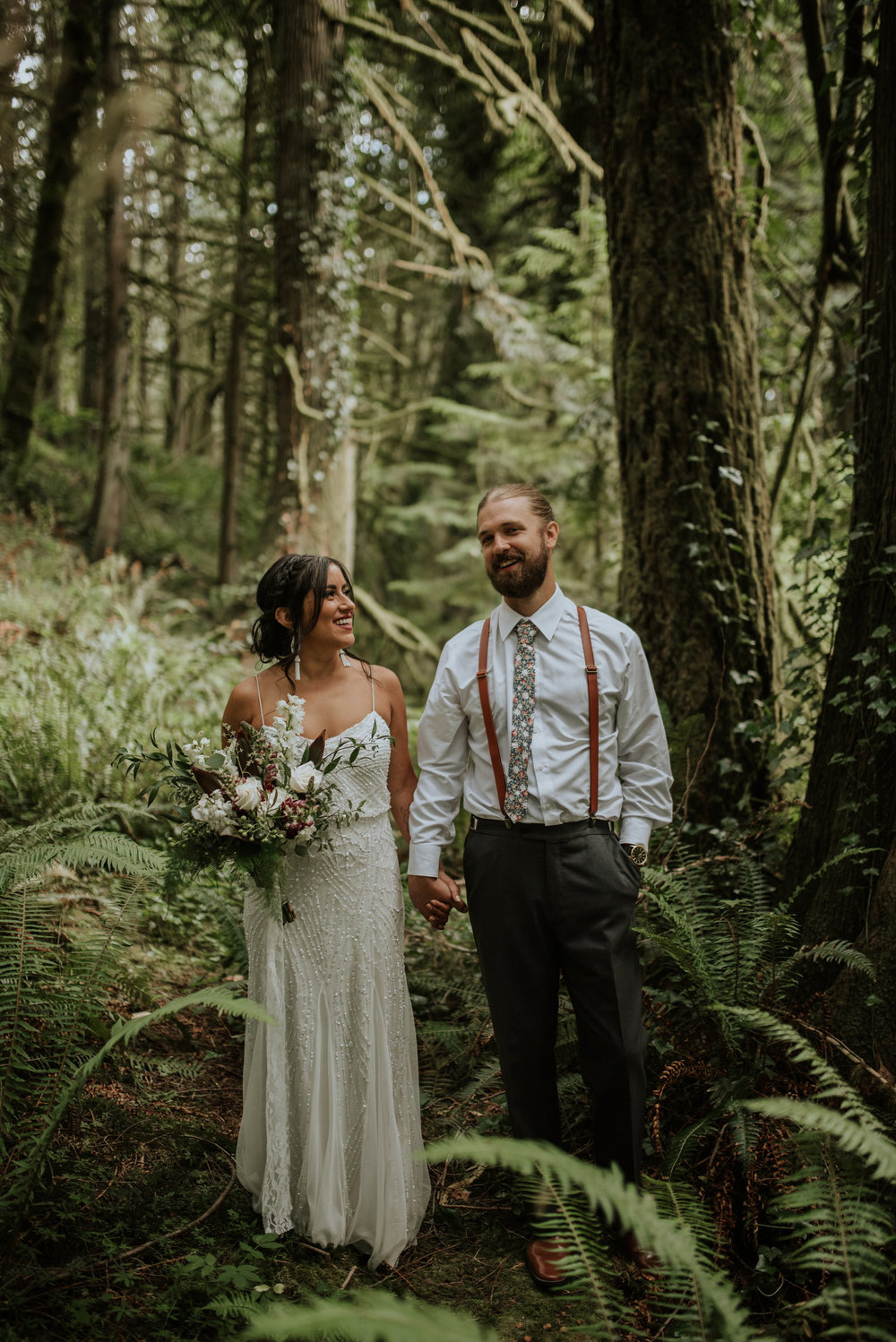 intimate-boho-campfire-wedding-shangri-la-on-the-green-seattle-wedding-photographer-caitlyn-nikula-photography-77.jpg