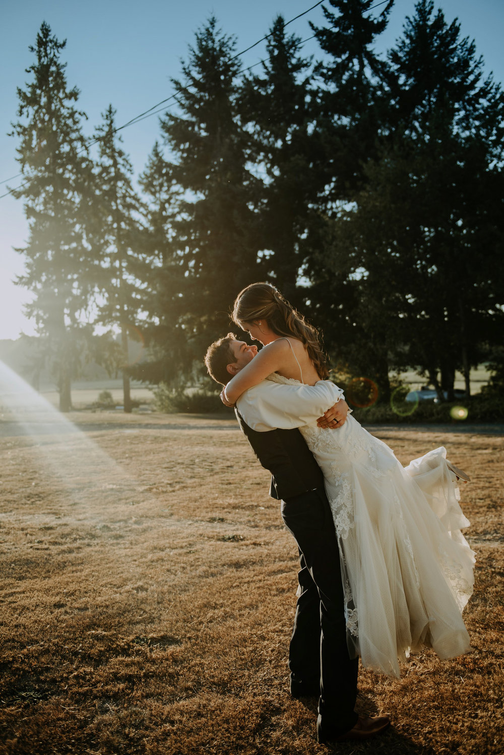 kristen-and-cody-the-kelley-farm-wedding-seattle-photographer-caitlyn-nikula-93.jpg