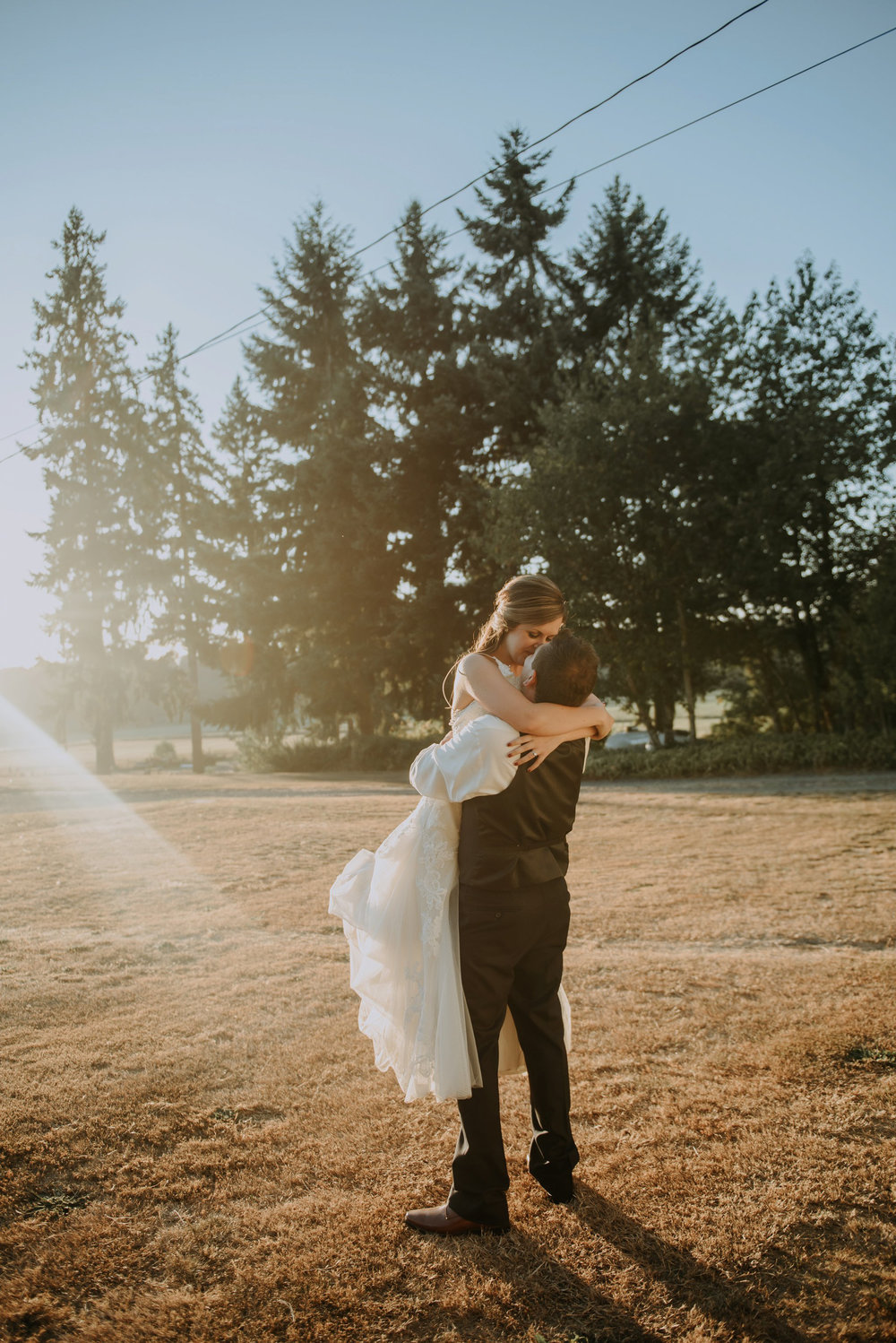 kristen-and-cody-the-kelley-farm-wedding-seattle-photographer-caitlyn-nikula-94.jpg
