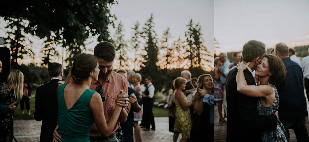 kristen-and-cody-the-kelley-farm-wedding-seattle-photographer-caitlyn-nikula-108.jpg