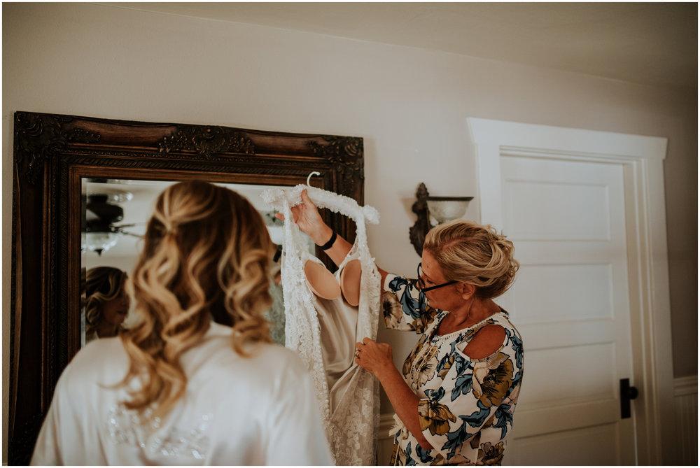 mona-and-matthew-the-kelley-farm-wedding-seattle-washington-wedding-photographer-15.jpg