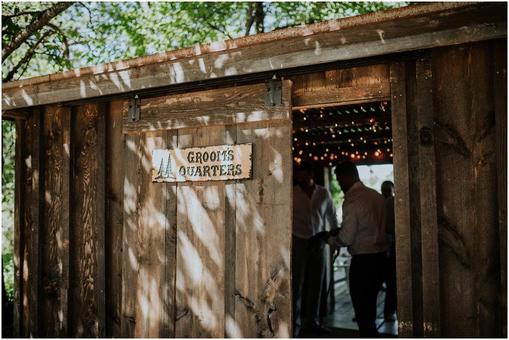 mona-and-matthew-the-kelley-farm-wedding-seattle-washington-wedding-photographer-24.jpg