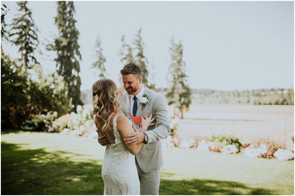mona-and-matthew-the-kelley-farm-wedding-seattle-washington-wedding-photographer-35.jpg