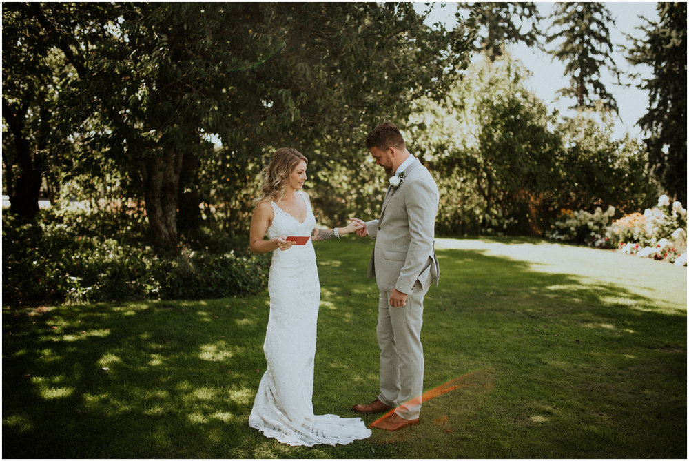 mona-and-matthew-the-kelley-farm-wedding-seattle-washington-wedding-photographer-38.jpg