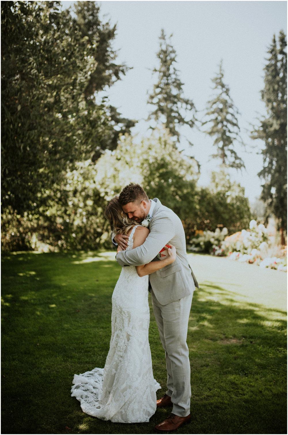 mona-and-matthew-the-kelley-farm-wedding-seattle-washington-wedding-photographer-36.jpg