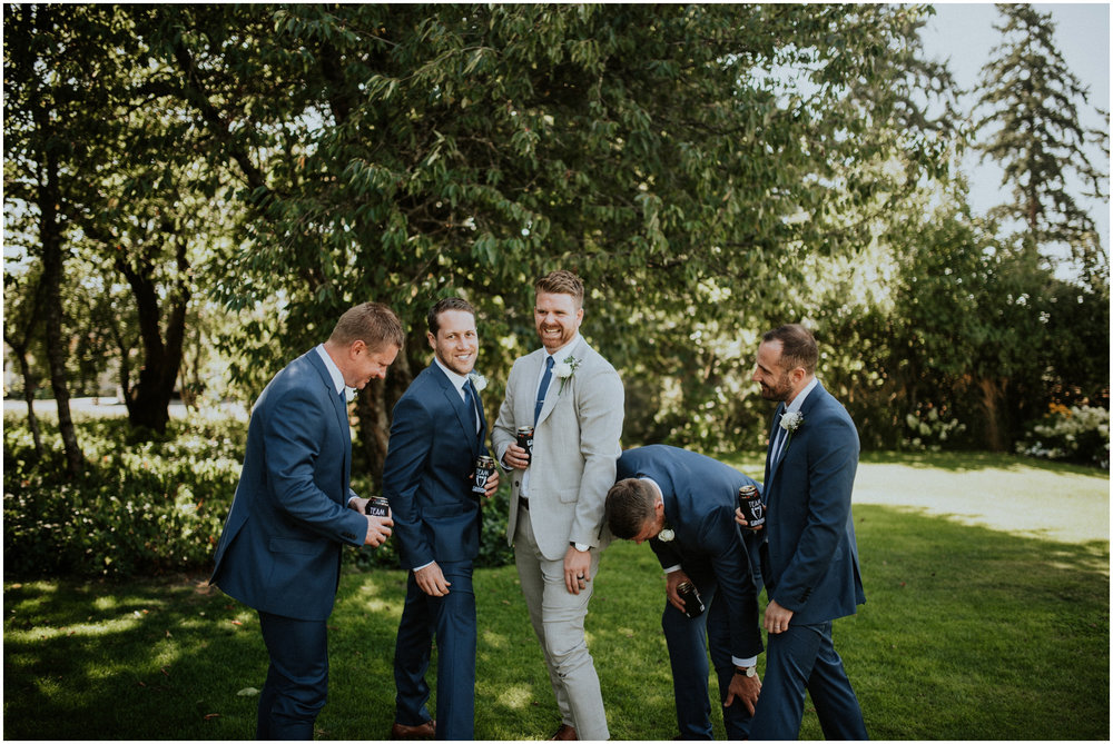 mona-and-matthew-the-kelley-farm-wedding-seattle-washington-wedding-photographer-51.jpg