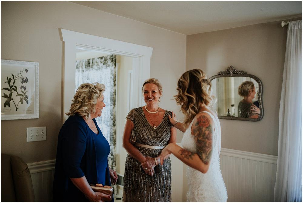 mona-and-matthew-the-kelley-farm-wedding-seattle-washington-wedding-photographer-75.jpg