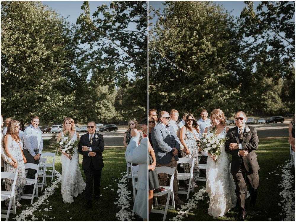 mona-and-matthew-the-kelley-farm-wedding-seattle-washington-wedding-photographer-80.jpg