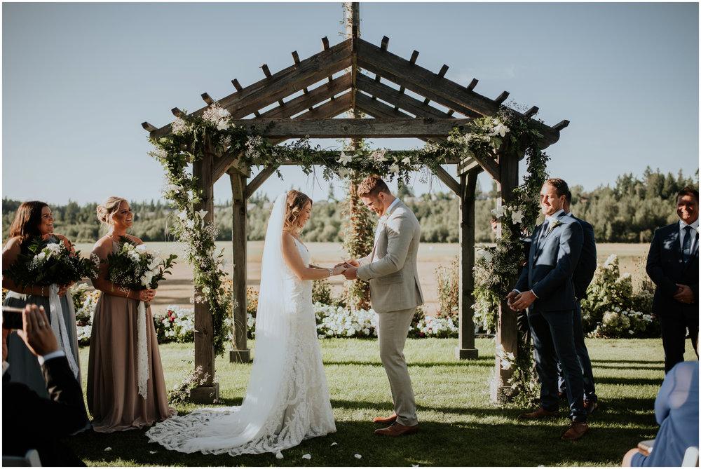 mona-and-matthew-the-kelley-farm-wedding-seattle-washington-wedding-photographer-83.jpg