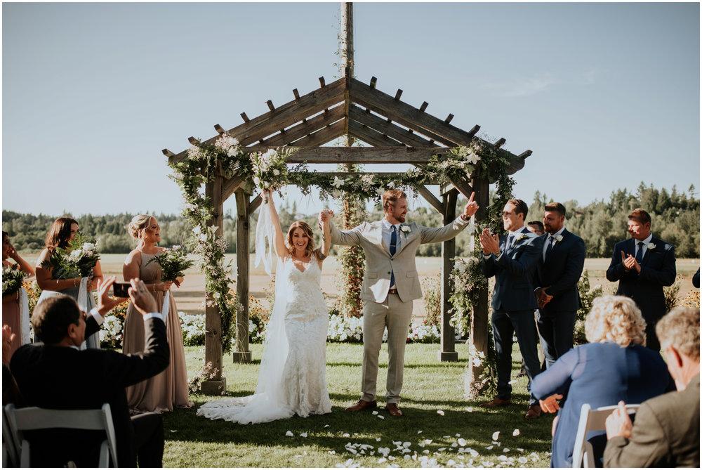 mona-and-matthew-the-kelley-farm-wedding-seattle-washington-wedding-photographer-86.jpg
