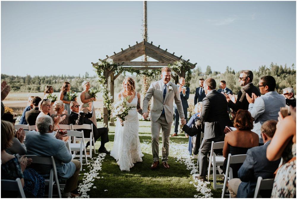 mona-and-matthew-the-kelley-farm-wedding-seattle-washington-wedding-photographer-87.jpg