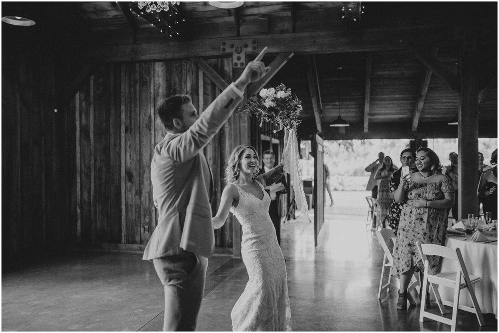 mona-and-matthew-the-kelley-farm-wedding-seattle-washington-wedding-photographer-106.jpg