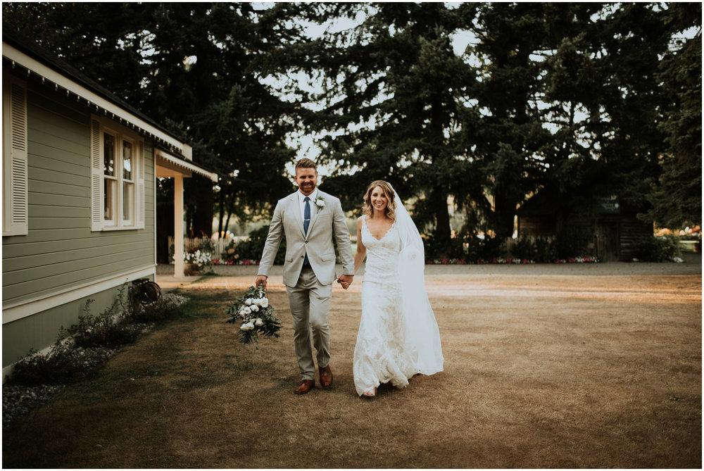 mona-and-matthew-the-kelley-farm-wedding-seattle-washington-wedding-photographer-114.jpg