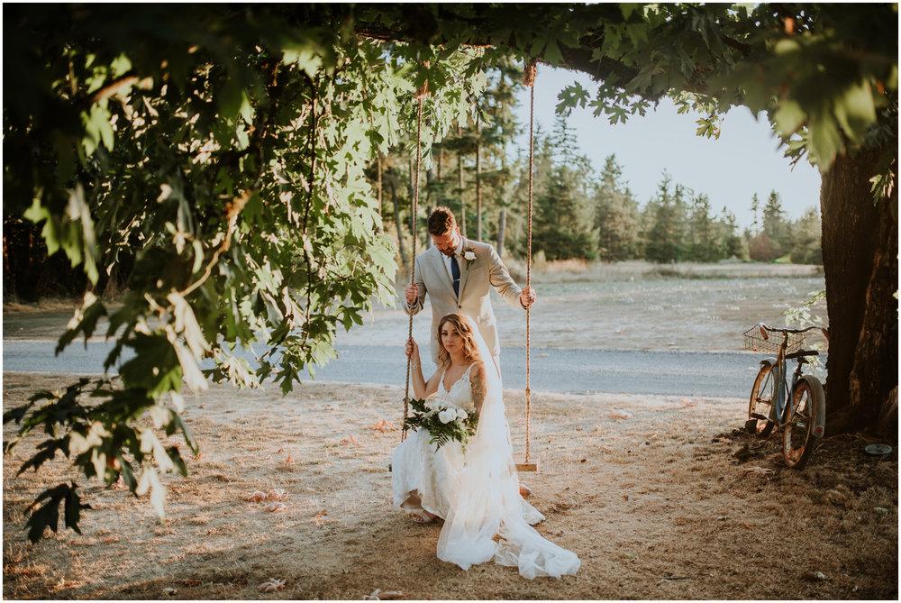 mona-and-matthew-the-kelley-farm-wedding-seattle-washington-wedding-photographer-115.jpg