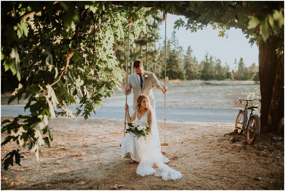 mona-and-matthew-the-kelley-farm-wedding-seattle-washington-wedding-photographer-116.jpg