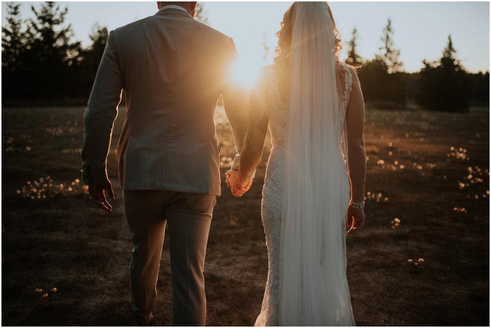 mona-and-matthew-the-kelley-farm-wedding-seattle-washington-wedding-photographer-118.jpg