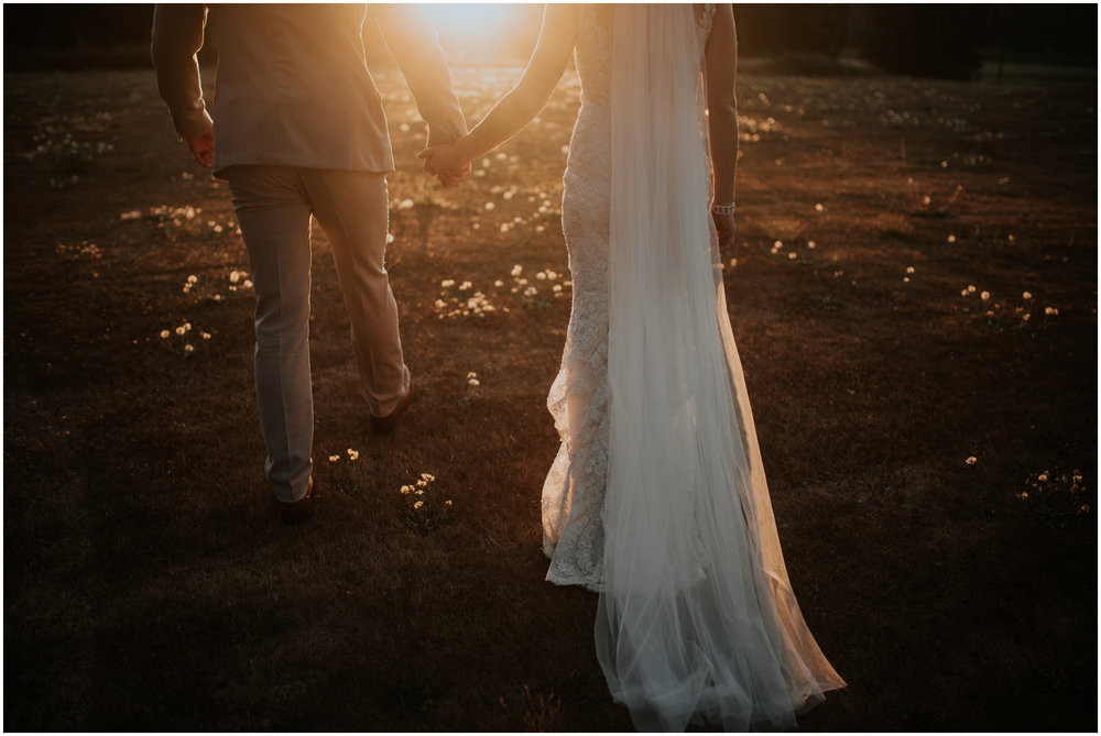 mona-and-matthew-the-kelley-farm-wedding-seattle-washington-wedding-photographer-119.jpg