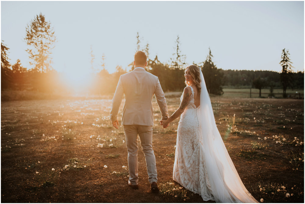 mona-and-matthew-the-kelley-farm-wedding-seattle-washington-wedding-photographer-120.jpg