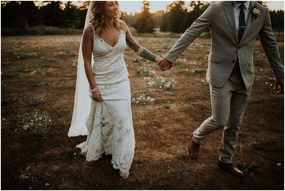 mona-and-matthew-the-kelley-farm-wedding-seattle-washington-wedding-photographer-128.jpg