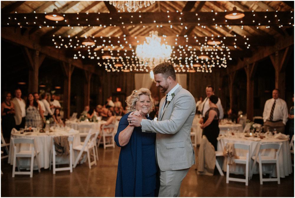 mona-and-matthew-the-kelley-farm-wedding-seattle-washington-wedding-photographer-150.jpg